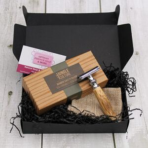 Safety Razor With Bamboo Handle Gift Box