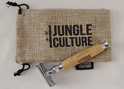 Double Edged Safety Razor with Bamboo Handle & Travel Case